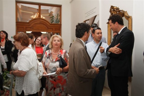 Archive, Opening