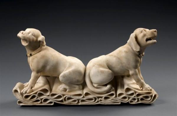 Fragment sochy: Psy , Francúzsko