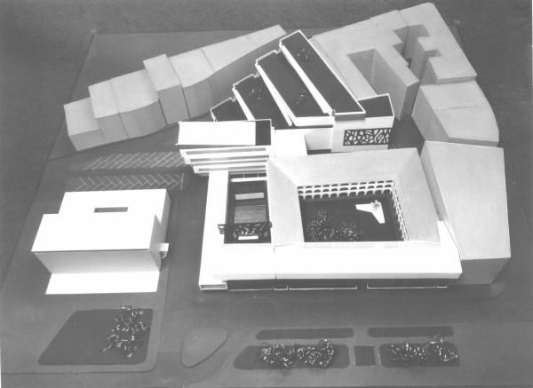 Návrh: Vladimír Dedeček, Návrh na dostavbu a rozšírenie areálu SNG s nepostavenou depozitárnou budovou a galériou plastiky v jej strešnej záhrade