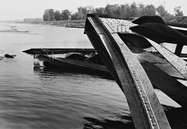 Viliam Malík, Starý most v Bratislave po demolácii