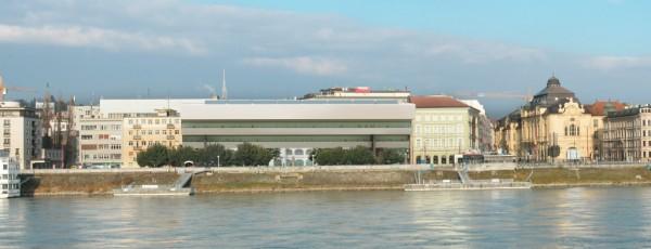 Architekti BKPŠ Kusý - Paňák, Rekonštrukcia, prestavba a prístavba areálu SNG